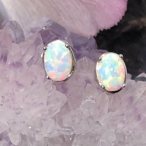ALPHAVARIABLE Oval Opal Earrings